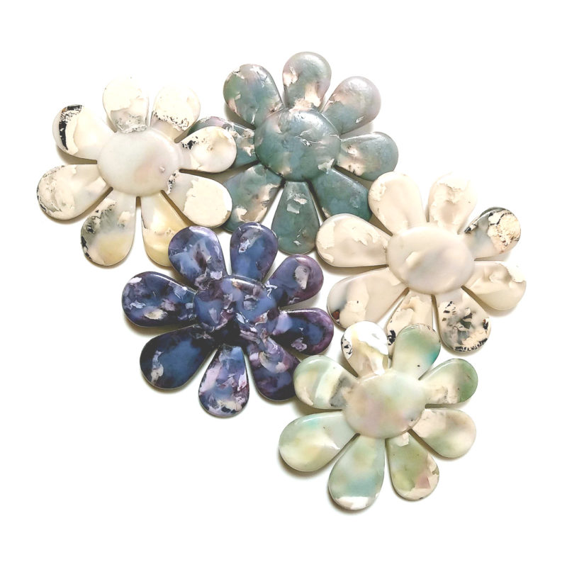 Recycled plastic flower brooches are now available – electrobloom