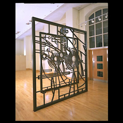 Wendy Ramshaw V&A Screen 01
